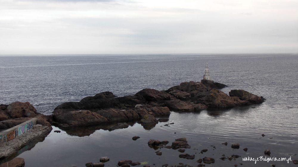 Achtopol - półwysep, widok na starą latarnię morską